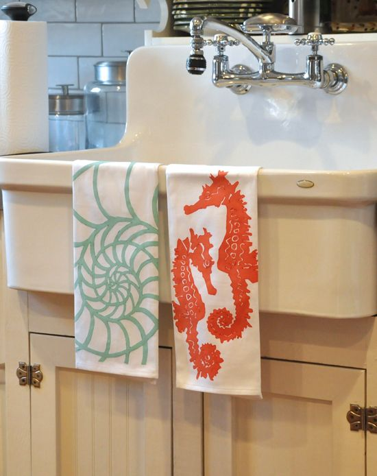 FLORIDA BEACH DWELLER: https://www.pinterest.com/floridabeachdw/shop-florida/ Dermond Peterson BeachyKitchen Towel from Pioneer Linens, West Palm Beach. Photographed at Casa Grandview in West Palm Beach.