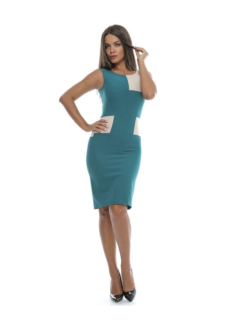 Model nou de rochie, potrivit ținutelor casual sau business. Rochia se mulează foarte bine pe corp, cu ajutorul materialului Bistrech și se închide la spate cu fermoar ascuns. În părțile laterale, are două buzunare false, aplicate