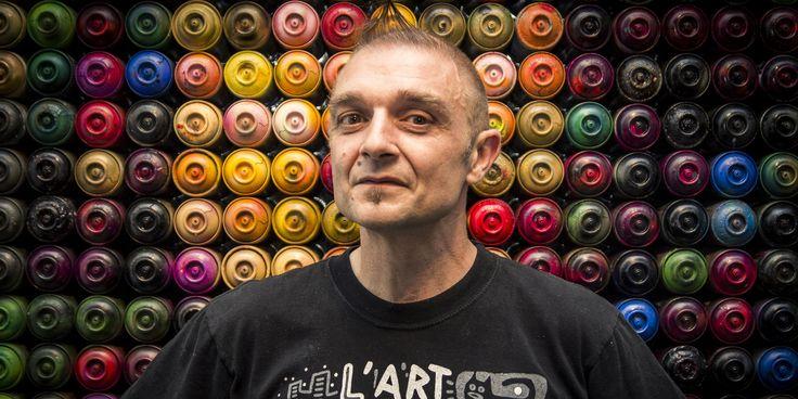 Considéré comme l'un des pionniers du street-art, Speedy Graphito est devenu en trente ans un artiste mondialement connu dont la créativité va bien au-delà des fresques murales urbaines. Pour la première fois en France, un musée, celui du Touquet-Paris-Plage, consacre à partir du 22 octobre une rétrospective à ce touche-à-tout qui, du haut de ces 55 ans, regarde toujours le monde en technicolor.