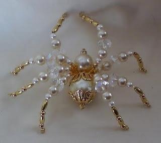 Insanely beautiful spider. beautiful web   http://www.shawkl.com/2011/09/dont-be-afraid.html