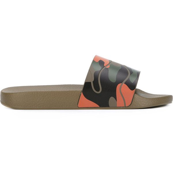 Valentino Garavani camouflage pool slides ($270) ❤ liked on Polyvore featuring men's fashion, men's shoes, men's sandals, green, mens flat shoes, mens open toe shoes, mens green shoes, mens camo shoes and valentino mens shoes