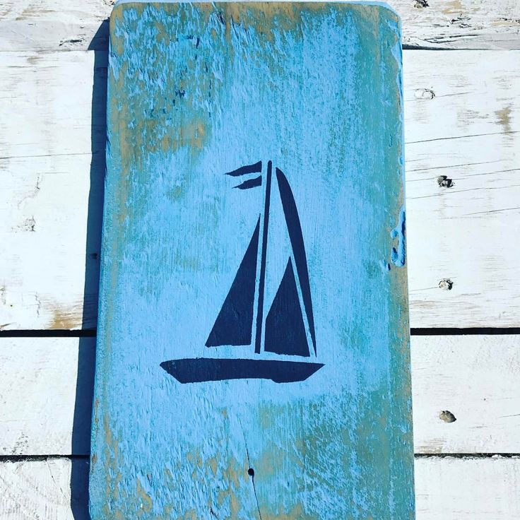 "86 Likes, 6 Comments - Lucy Lloyd Cahalin (@signsbyseasalt) on Instagram: ""Seas the day! Have a great Monday y'all 😀. . . #palletwood #palletdesign #pallet #palletart…"""