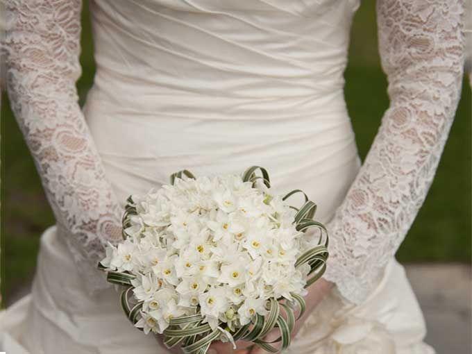 paperwhites wedding bouquet - Google Search