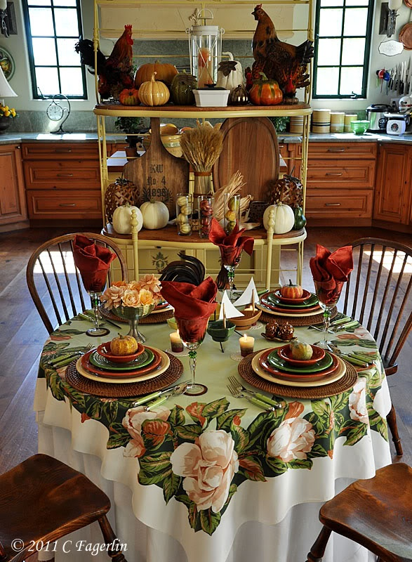 Look at the Fiestaware arrangement. the little round table has the best Fiesta arrangements! & 274 best Fiestaware Tablescapes and Displays images on Pinterest ...