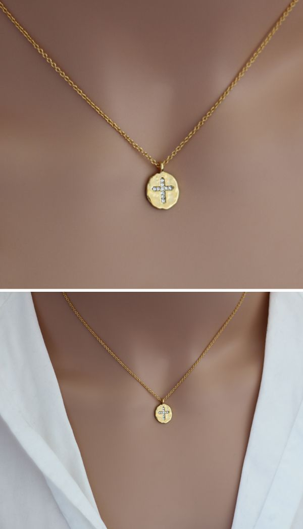 #holy #bible #cross #crucifix #gold #plated #16k #zirconia #zirconium #hammered #medal #religious #catholic #catholics #jewellery #jewelry #necklace #chain #etsy #handmade #crystal #minimalist #wedding #tiny #gift #present #bridal #christians #christian #chretien #chretienne #bijoux #bijou #religieux #mariage #mariee #cadeau #anniversaire #fait #main #jesus #christ #croix