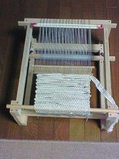 Home made loom. 手作り織り機 -- 手作りだいすき