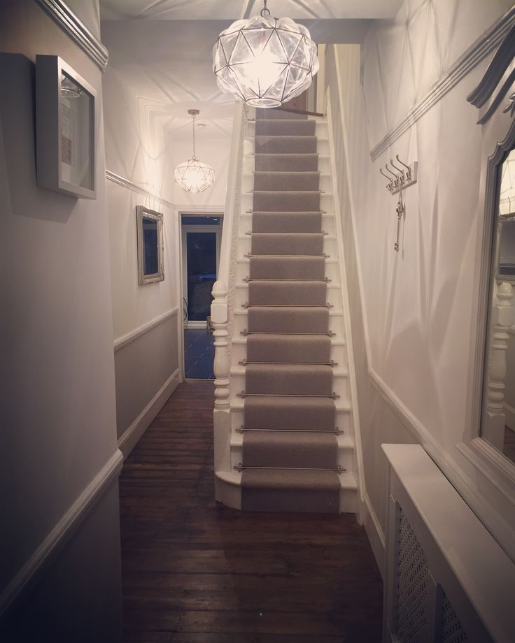 Squeeze Some Style With These Small Hallway Interior: 17 Best Ideas About Edwardian Hallway On Pinterest