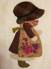 Great Picasa album -like the placement of the floral fabric in the apron