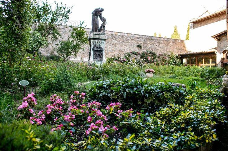 PORZIUNCOLA - Santuario - Roseto