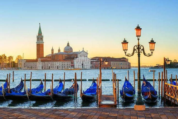 Discount 4* Romantic Venice Break & Flights with Gondola Ride! for just £99.00 Where: Venice, Italy.  What's included: Return flights and two or three nights at the 4* TripAdvisor Certificate of Excellence-winning Smart Hotel Holiday, gondolar tour and flights.   From: London Stansted, Gatwick, Luton, Manchester, Bristol, and Edinburgh.  See: Take in the world-renowned canals of Venice,...
