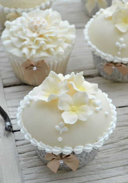 361 best images about Beautiful Wedding Cupcake Ideas on Pinterest   Cupcakes  decorating, Lace cupcakes and Bow cupcakes