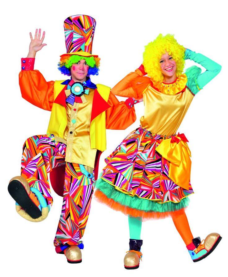 Наши замечательные клоуны Бусинка, Клёпа иМакаронка рассмешат кого угодно. Яркие костюмы игрим, кричалки, пищалки исвистелки, воздушные шарики иволшебные мыльные пузыри— этого ваши малыши незабудут ещё очень долго.