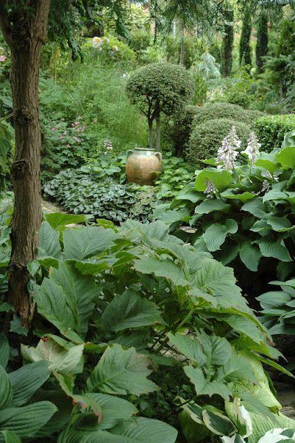 glimpse of a relic jardiner...HAVETID: En sang om sommer.