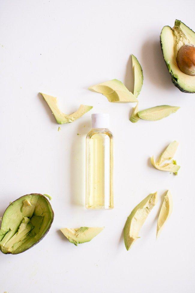 Avocado Oil   11 Carrier Oils for Skin