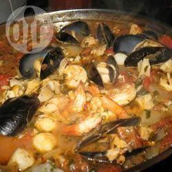 Cioppino (caldeirada italiana de frutos do mar)