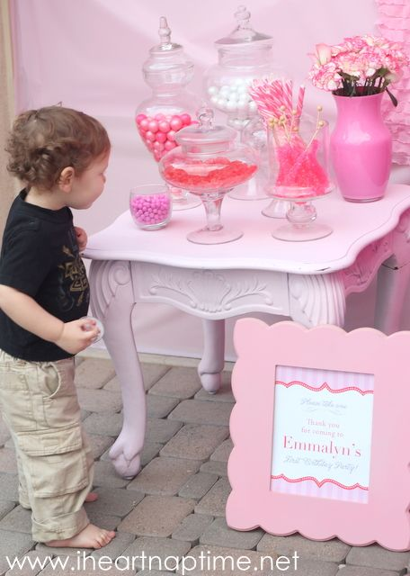 113 Best Images About Candy Station On Pinterest Pink Candy Bars Hello Kitty And Hello Kitty