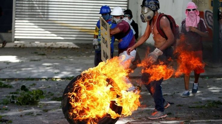 "'Zero hour' https://tmbw.news/zero-hour  Venezuela's opposition is calling it ""Zero Hour"". Analysts refer to a breaking point.It is clear to everyone that Venezuela is in crisis, but there's no easy way out. Divisions in Venezuela run deep.The opposition has been vocal since Hugo Chávez came to power 18 years ago, but problems have become more acute under President Nicolás Maduro, a leader who does not have the following that his predecessor did, and under whose watch the economy has been…"
