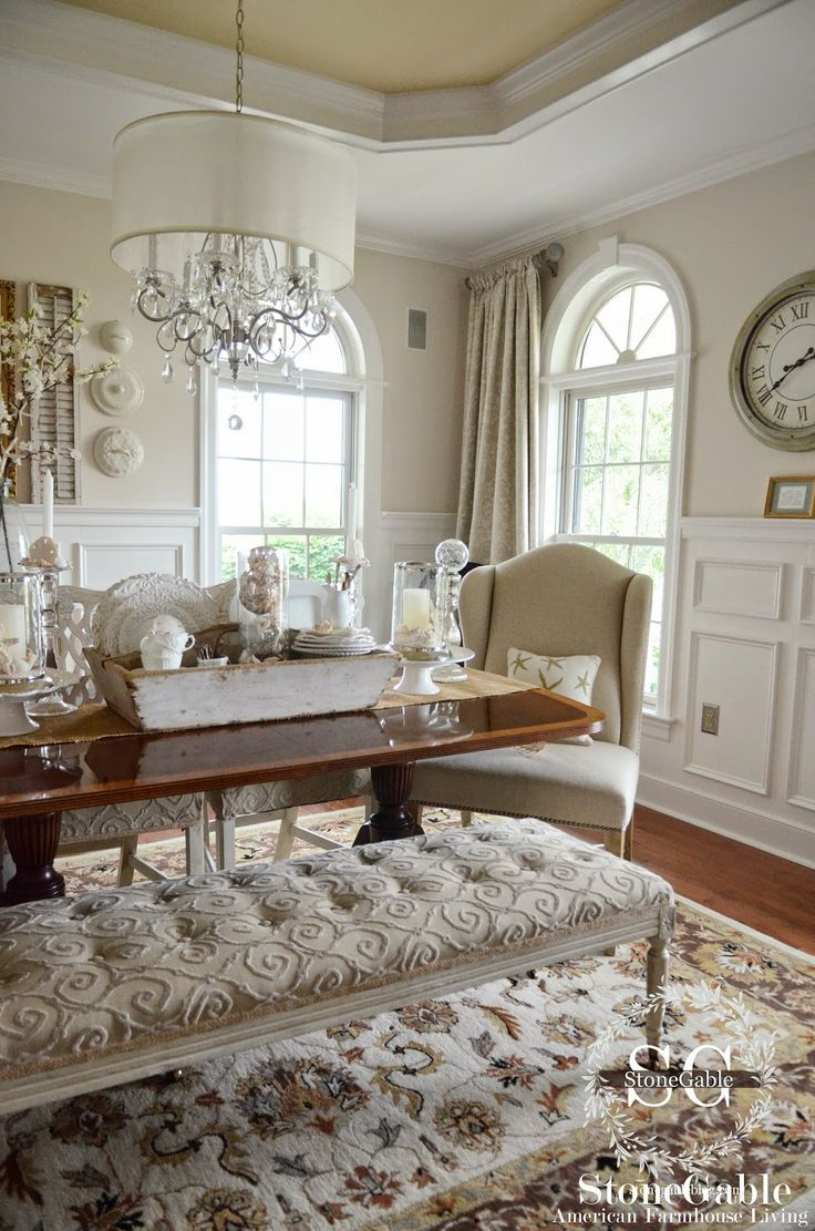 American style kitchen and living room - Elements Of Summer Chic Beach In The Dining Room