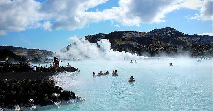 1. Bora Bora, Frans-Polynesië Het water in Bora Bora ligt er lekker blauw bij. (Foto: Columbus Reisreporter Nikolascartenian) 2. Aitutaki Lagoon, Cook eilanden Hoe bounty wil je het hebben? (Foto: Columbus Reisreporter RobHoekstra) 3. Apoyo Lagoon, N