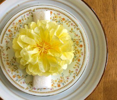 Tissue Paper Pom Pom Flowers: Pom Poms, Paper Pom Pom, Napkins Holders, Pompom, Tissue Paper Flowers, Tissue Paper Pom, Diy, Pom Pom Flowers, Tissue Pom