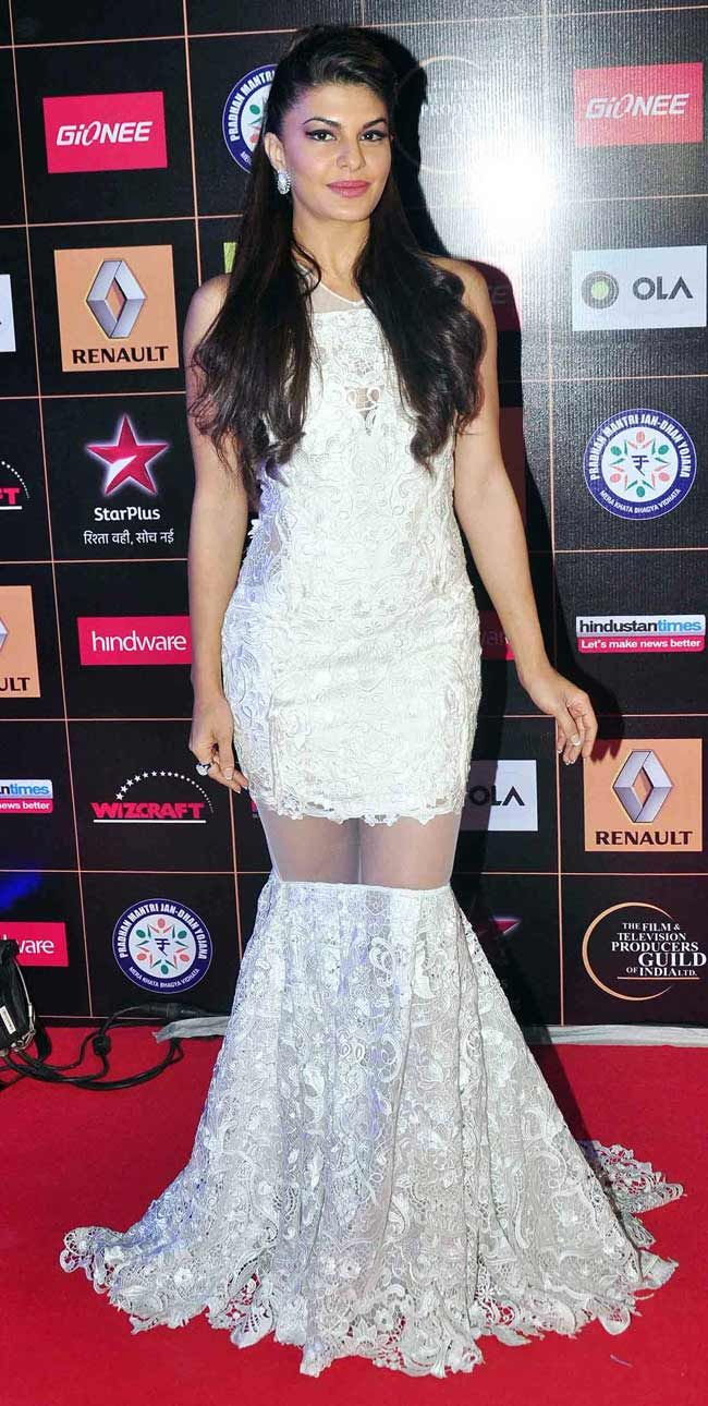 Jacqueline Fernandez at the Star Guild Awards 2015. #Bollywood #Fashion #Style #Beauty