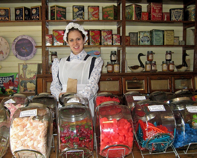 Love old fashioned candy stores