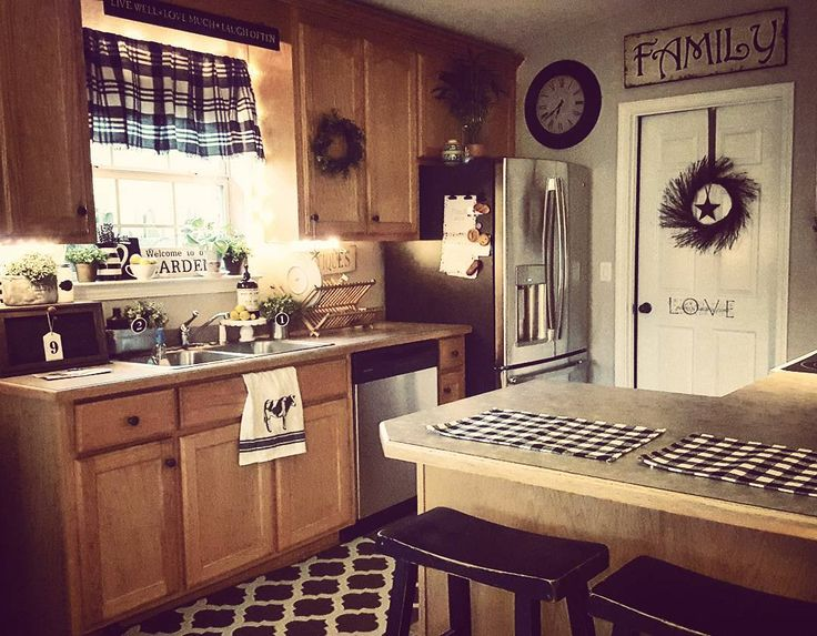 Good morning Instafriends,  when you get up and your kitchen is clean you know is going to be a good day ❤❤❤#farmhousekitchen #rusticdecor #rustic #rustickitchen #rusticdecor #rusticstyle #homesweethome #cozy #farmhousestyle#hobbylobby#keepitreal #kitchen