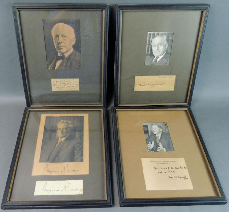 US Supreme Court Justices Photo With Cut Signatures : Lot 0109