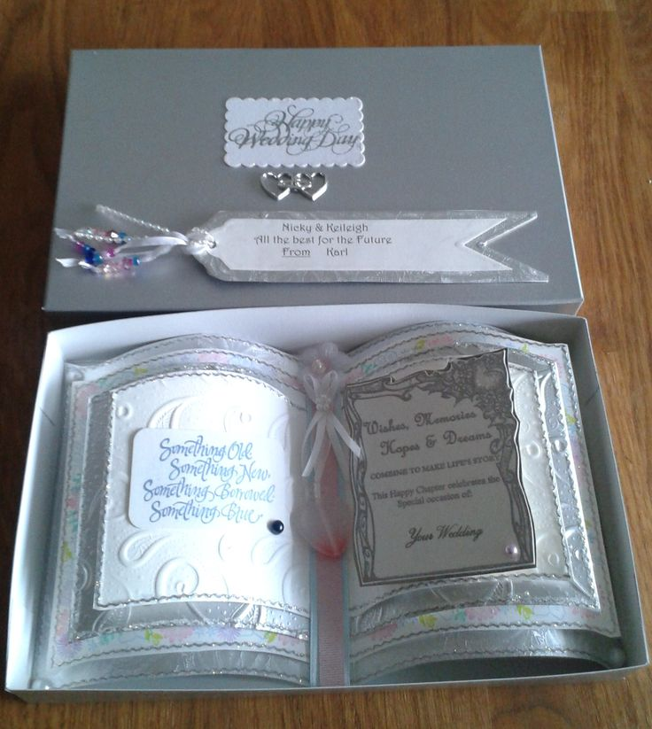 Bookatrix with box and tag for a Wedding