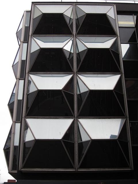cubism and futurism Cubism, futurism and constructivism [john malcolm nash] on amazoncom  free shipping on qualifying offers cubism, futurism and constructivism good .