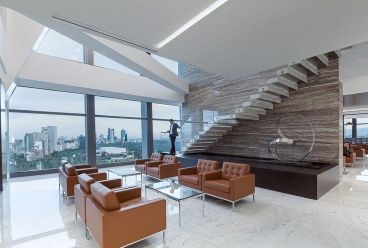 Oficinas Corporativas Baker & McKenzie México. Este proyecto de Mayer Hasbani en colaboración con IA Interior Architecs Chicago, fue seleccionado por el jurado como finalista de la categoría Oficinas mayor de 300 m2 en el VI Premio de Interiorismo Mexicano PRISMA. http://www.podiomx.com/2017/06/oficinas-corporativas-baker-mckenzie.html#more
