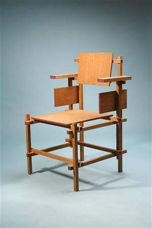 Designed by Gerrit Rietveld for Gerard van de Gronekan, Holland. 1918.   By the time he opened his own furniture workshop in 1917, Rietveld had taught himself drawing, painting and model-making. He afterwards set up in business as a cabinet-maker.