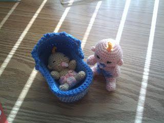 Zwaantje Creatief: Gratis patroon van mijn kleinere babypopje, haken, gratis patroon, baby, amigurumi, crochet, free pattern (Dutch)