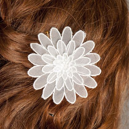 Embroidered flower hair pin. #bridal fasinator