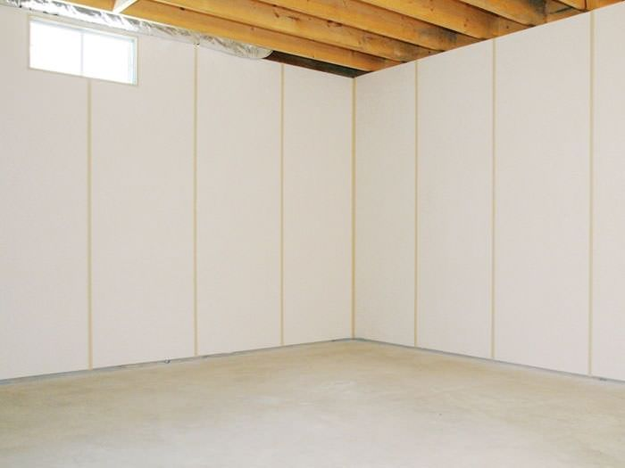 Unique Panel Walls for Basement