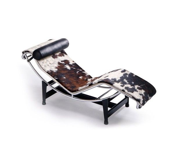 Lc4 Chaise Longue Cowskin By Cassina In 2020 Modern Furniture Shops Cassina Lounge Seating