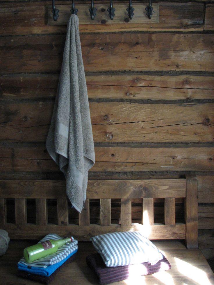 vanhan saunan tunnelmaa / old finnish sauna atmosphere