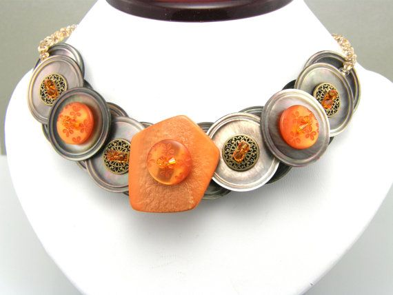 Button Necklace Gifted to Rachael Ray  Made by TrinketsNWhatnots, $55.00: Colors Orange, Jewelry Necklaces, Beautiful Jewelry, Buttons Things, Buttons Jewelry, Buttons Necklaces, Creative Jewelry, Buttons Brooches Pin, Necklaces Gifts