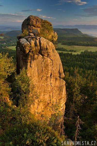 Małpolud, Szczeliniec Wielki, Góry Stołowe, Poland #Eccomodation