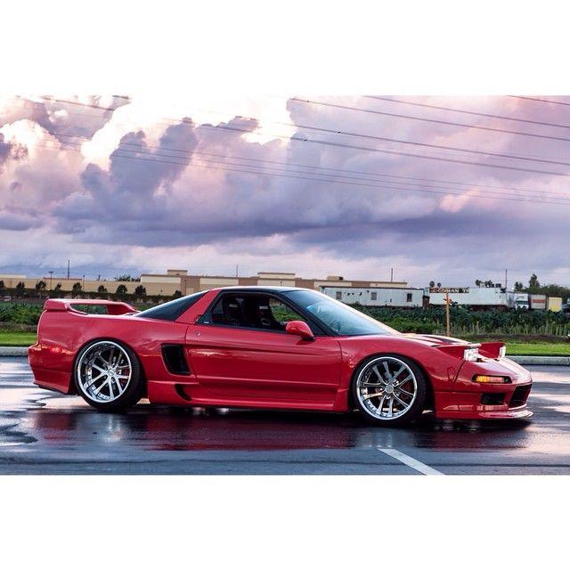 Acura NSX (Instagram @high_class_lowlifes)