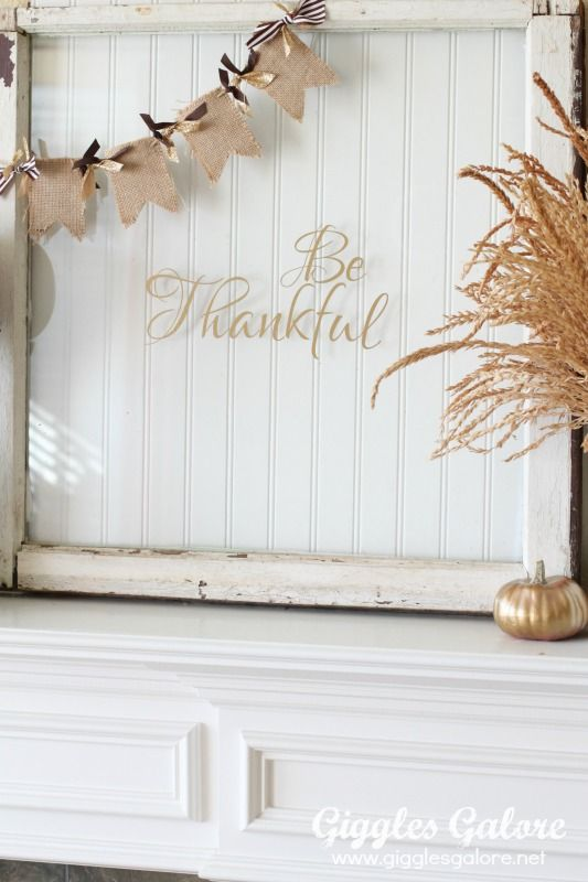 Make this easy metallic Be Thankful Vintage Window Decor for your Thanksgiving celebrations.