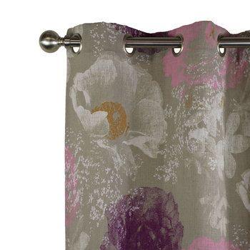Un joli rideau en lin imprimé d'une brume rose ornée de pétales blanches pour créer une ambiance féminine et printanière. Idéal pour la décoration. Finition oeillets, ruflette, plis flamands.