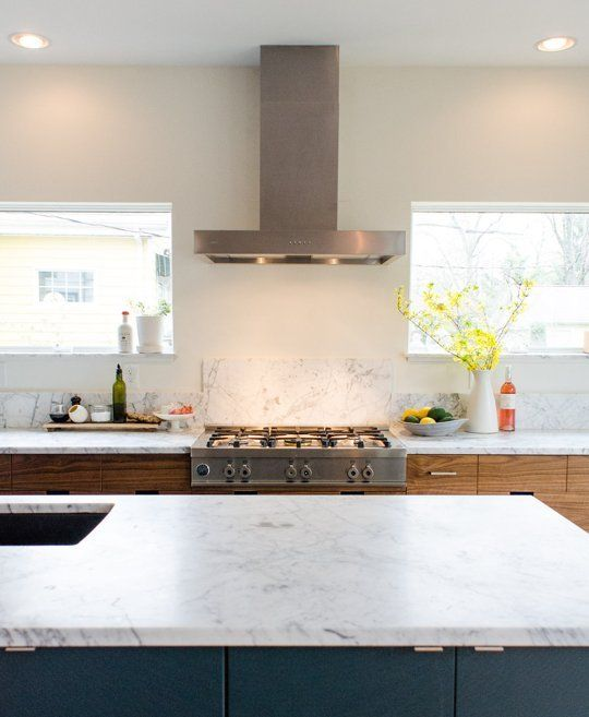 Faith's Kitchen Renovation: The Big Reveal, the Final Result! — Renovation Diary: Faith's Budget Luxe Kitchen -- love this kind of hood