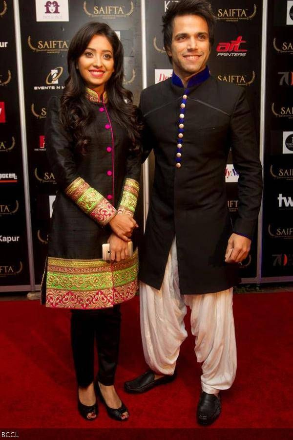 Asha-Negi-and-Rithvik-Dhanjani-at-the-red-carpet-to-attend-the-South-Africa-India-Film-and-Television-Awards-SAIFTA-held-at-Durban-South-Africa-on-September-6-2013-.jpg (600×900)
