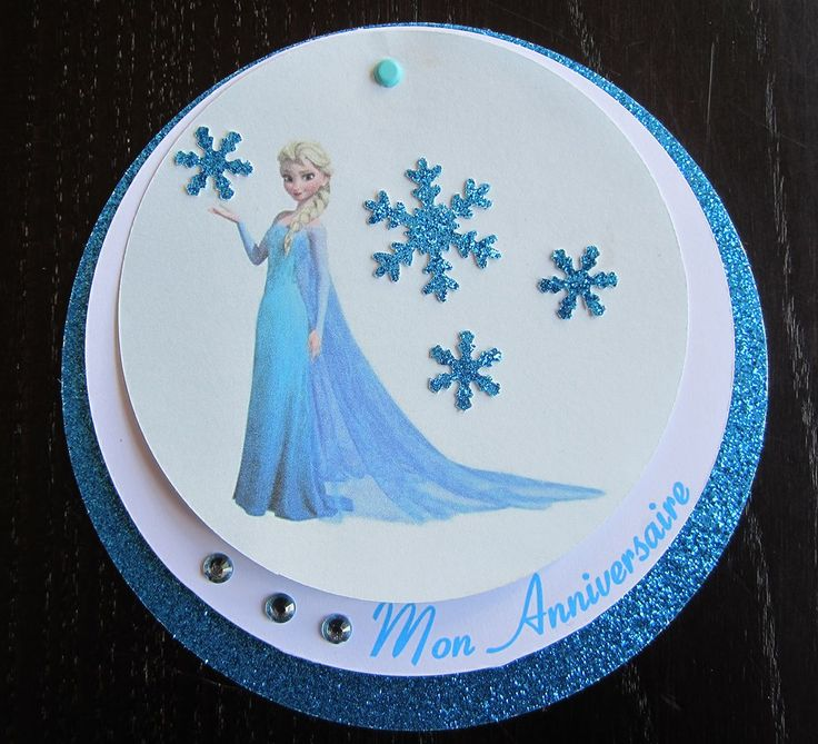 Une magnifique carte d'invitation d'anniversaire Reine des Neiges