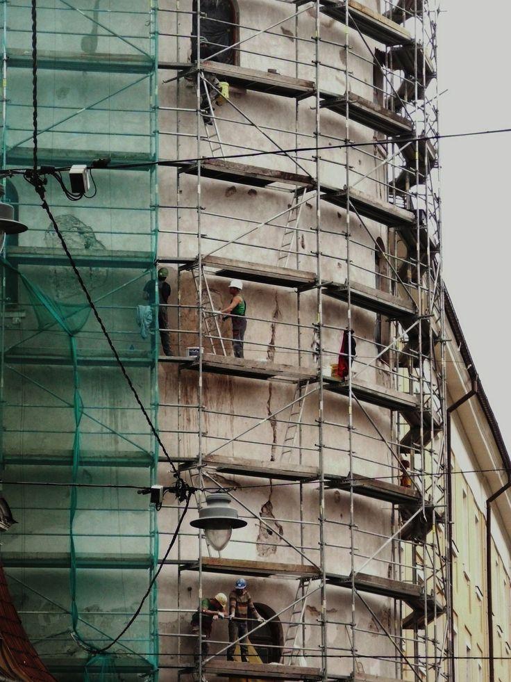 Men at work in Riga