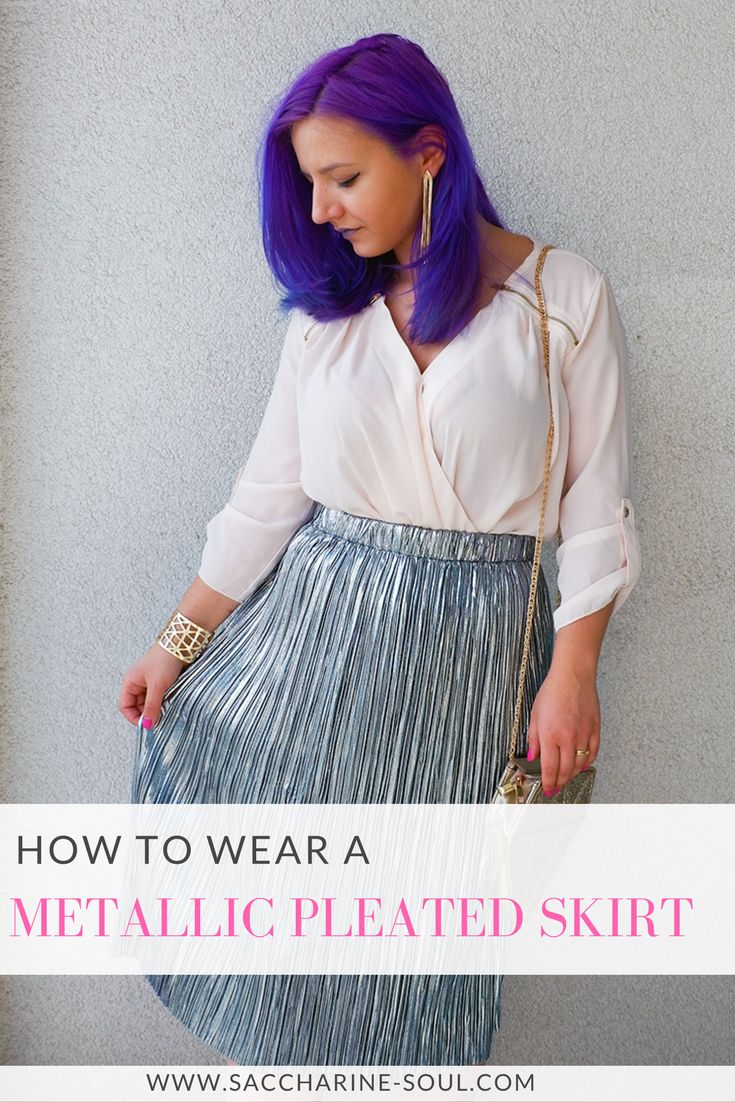 Welcome spring with extra sparkle and fabulousness! Check out how you can wear a metallic pleated skirt with glitter accessories!