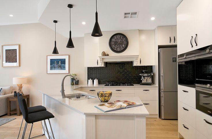 Superb gas kitchen with Siemens appliances