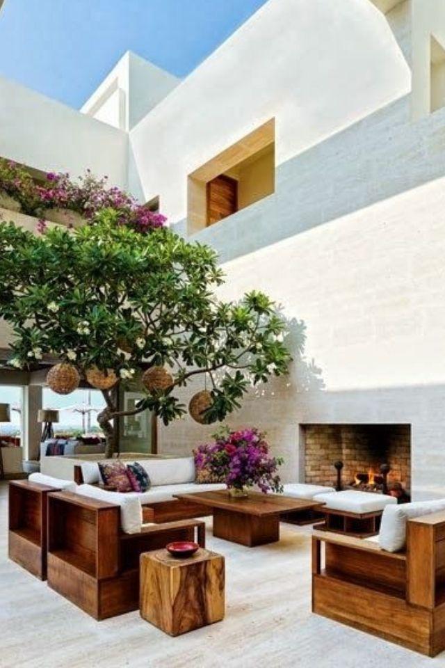 Fabulous living. cool fireplaces decor- design realpalmtrees.com - #palms #palmTrees #fallwinterIdeas #plants