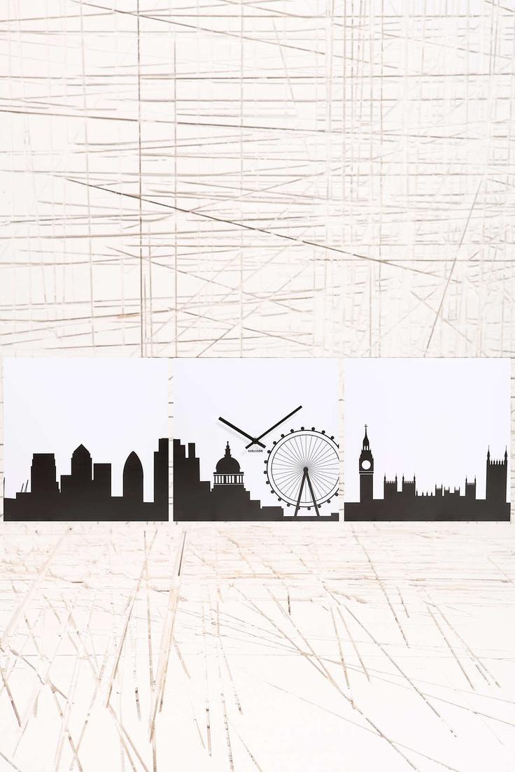 Karlsson - Horloge panorama de Londres chez Urban Outfitters